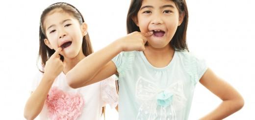 歯並びを自力で治す。